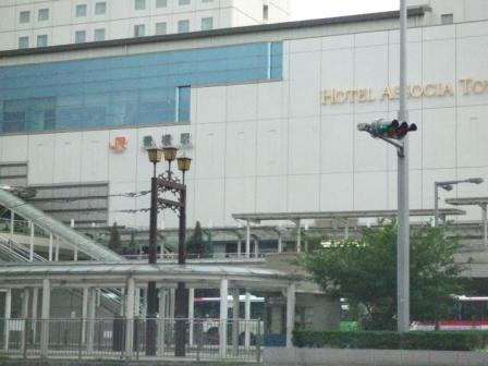 豊橋駅とホテルアソシア豊橋